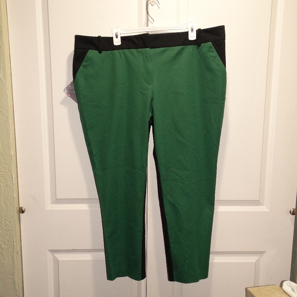 11e73ef6c30 Ava   Viv Green Black Ankle Pants Stretch Plus 24W